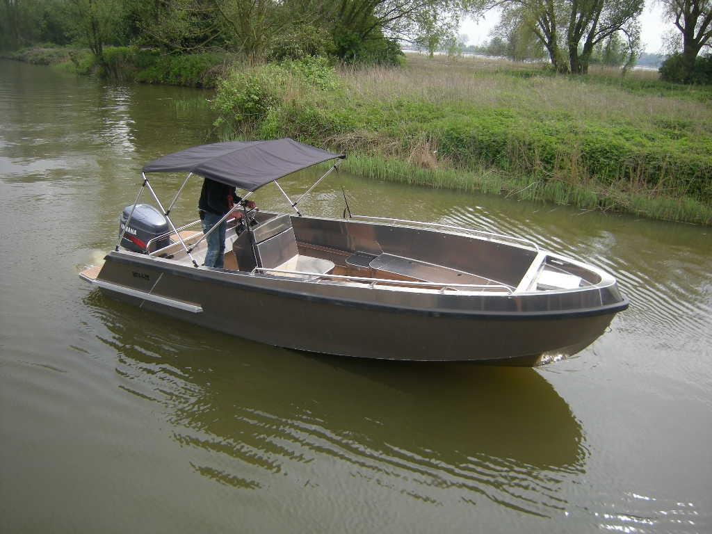 Bullit 660 outboard 1