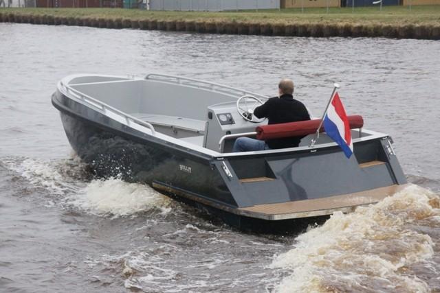 Bullit 660 inboard 1