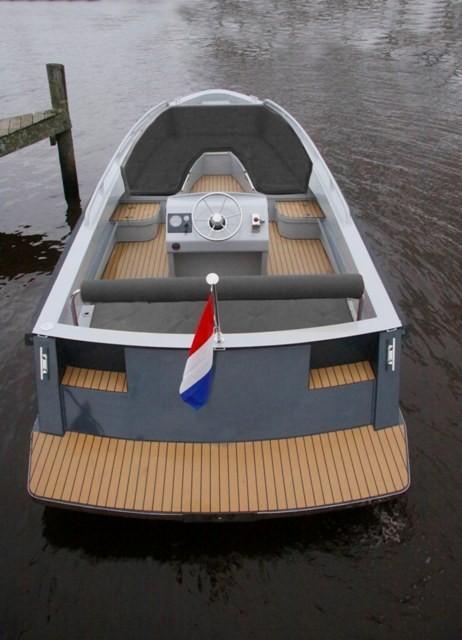 Bullit 660 inboard 3
