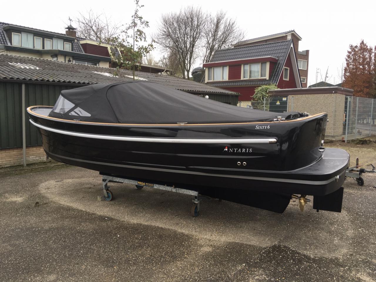 Antaris Sixty6 zwart met 52 pk  6