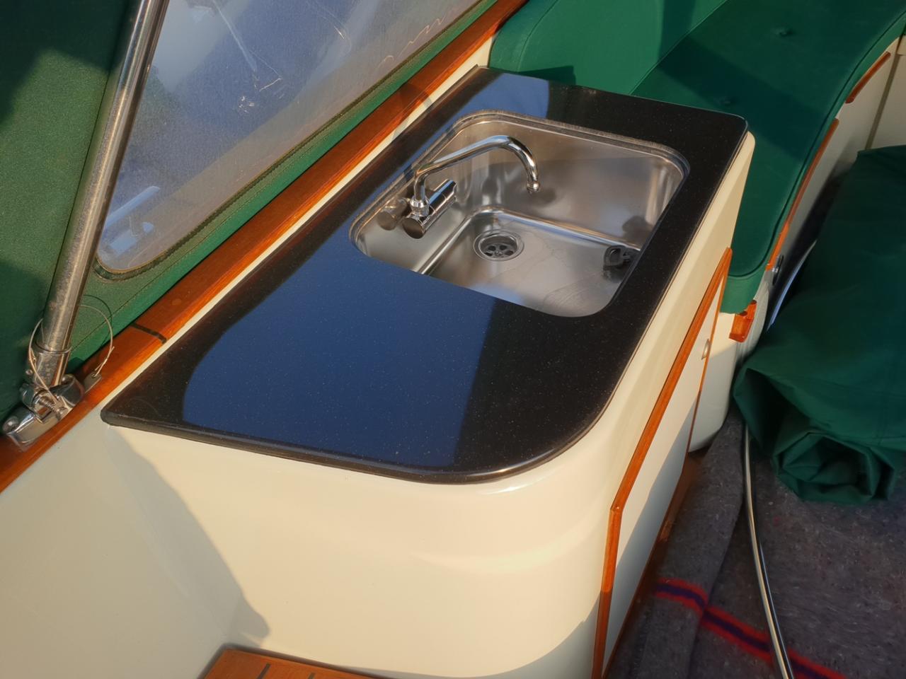 Maril 795 tender met Vetus 42 pk full options! 13