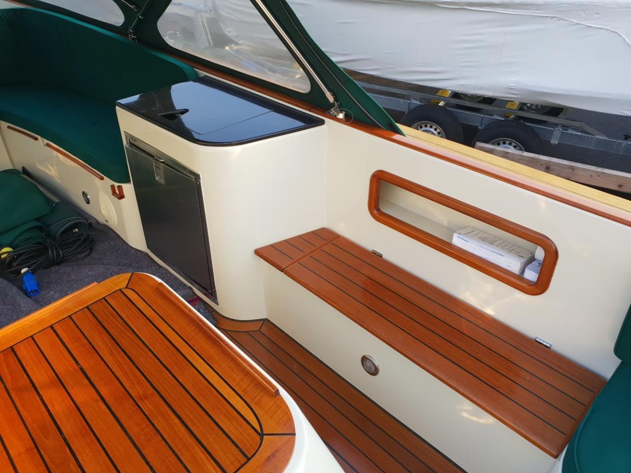 Maril 795 tender met Vetus 42 pk full options! 14