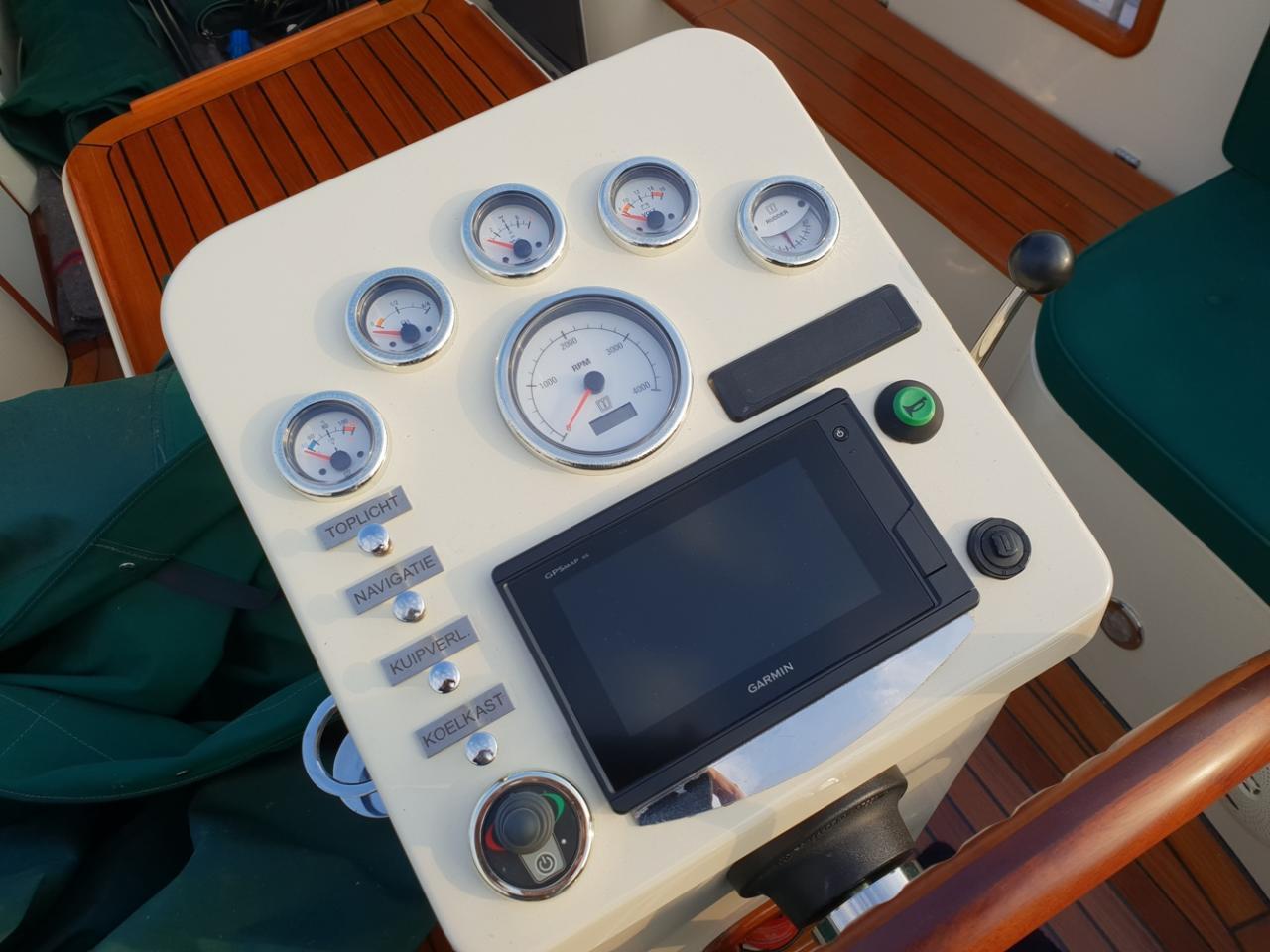 Maril 795 tender met Vetus 42 pk full options! 17