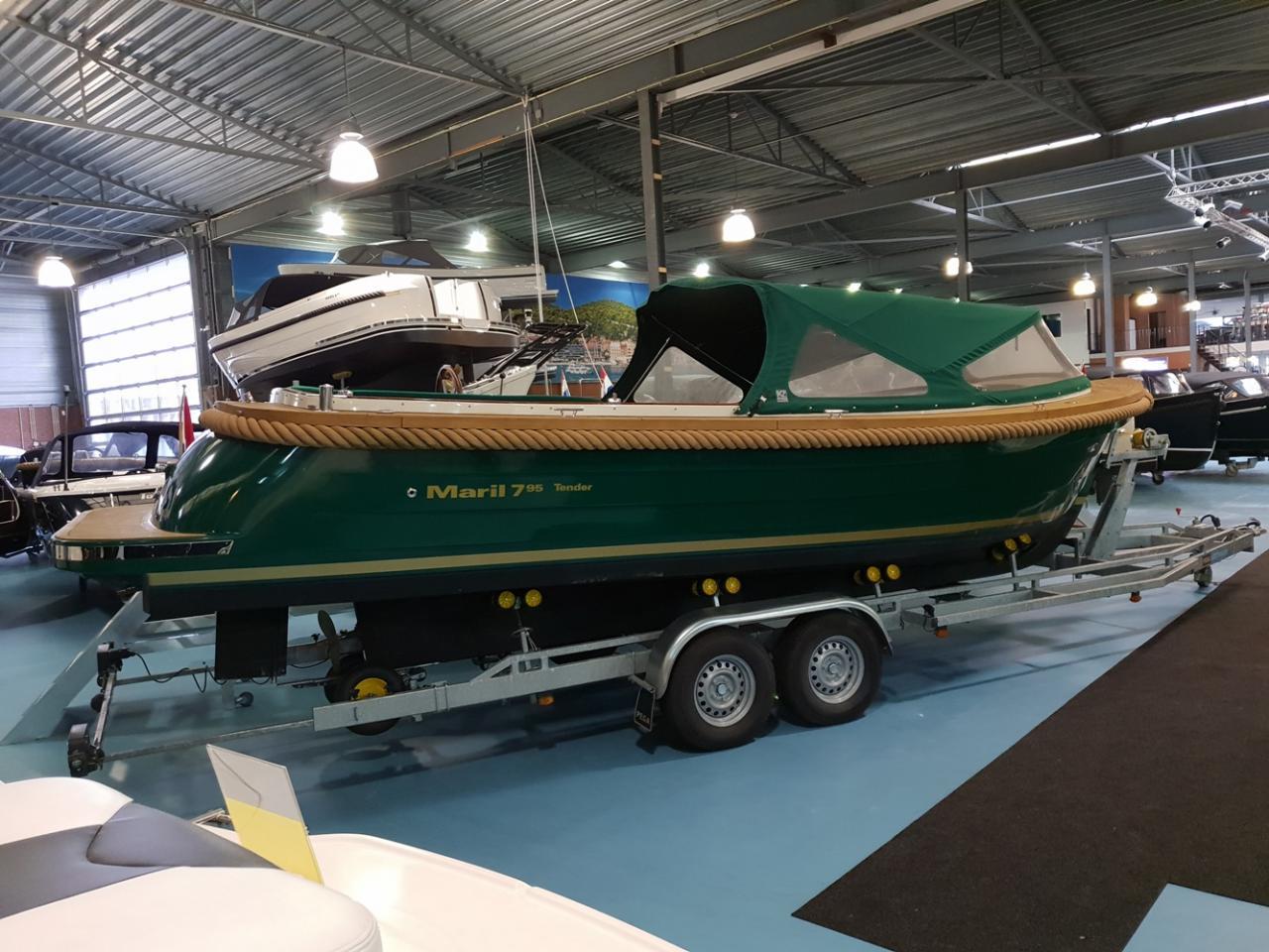 Maril 795 tender met Vetus 42 pk full options! 2