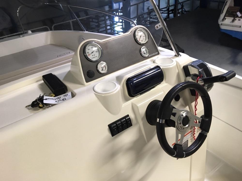 Quicksilver 605 activ open met Mercury 115 pk 6