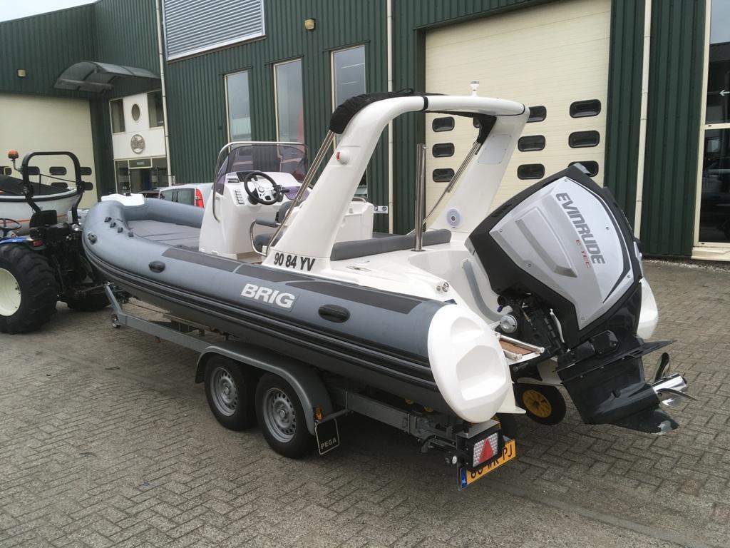 Brig eagle 650 met Evinrude E-tec 300 pk motor 6