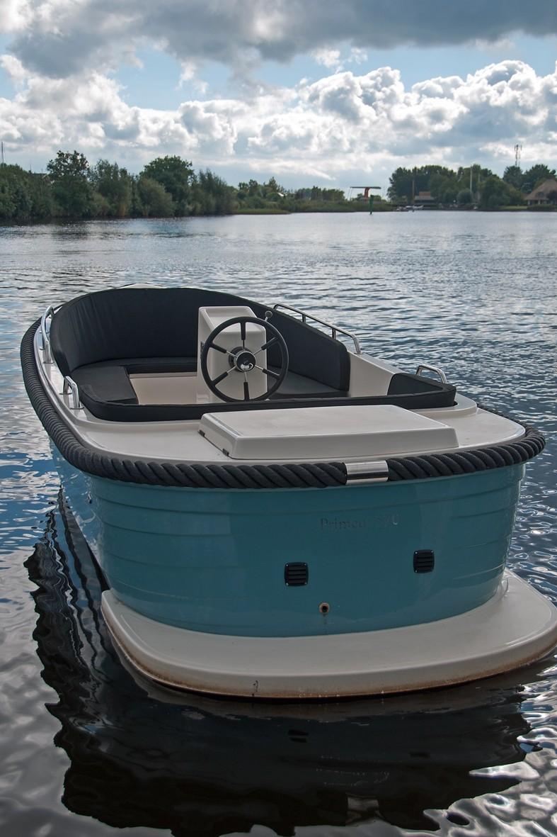 Primeur 570 outboard 4
