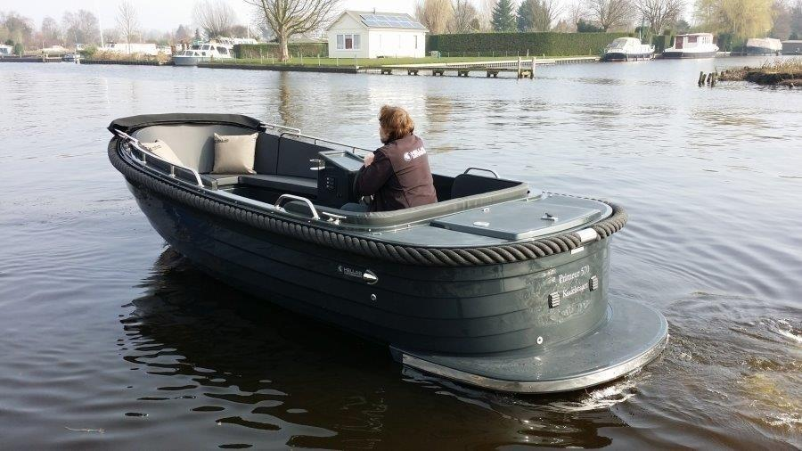 Primeur 570 outboard 1
