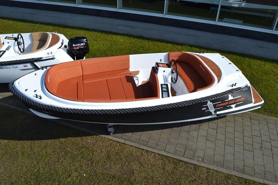 Corsiva 595 tender 2