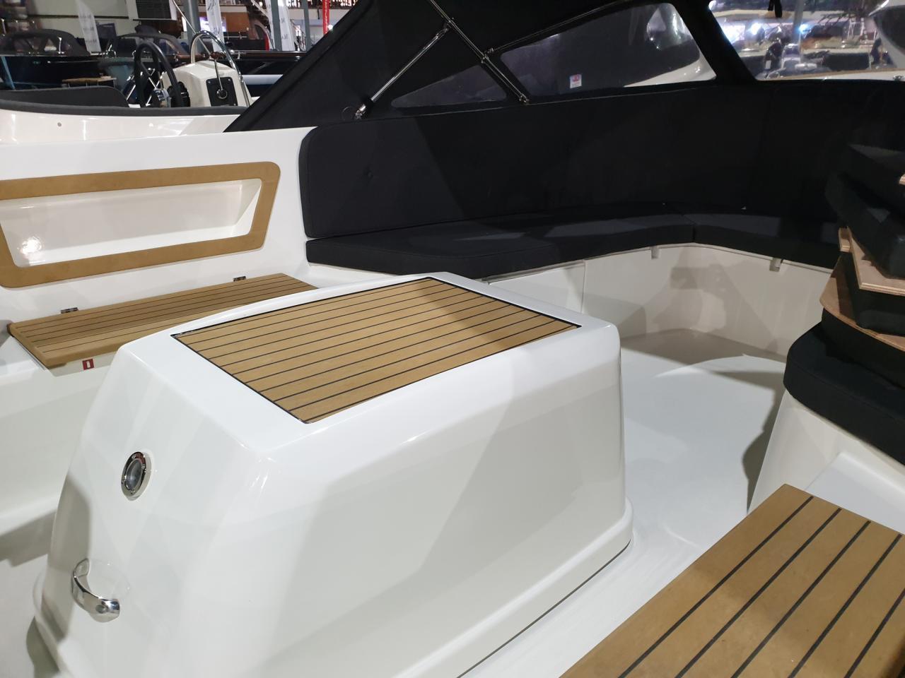 Antaris Sixty6 met Vetus 33 pk 6