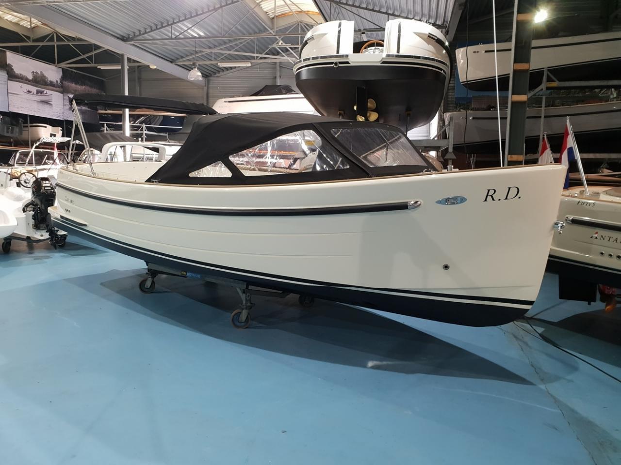 Antaris sixty6 offwhite met Vetus 42 pk  7