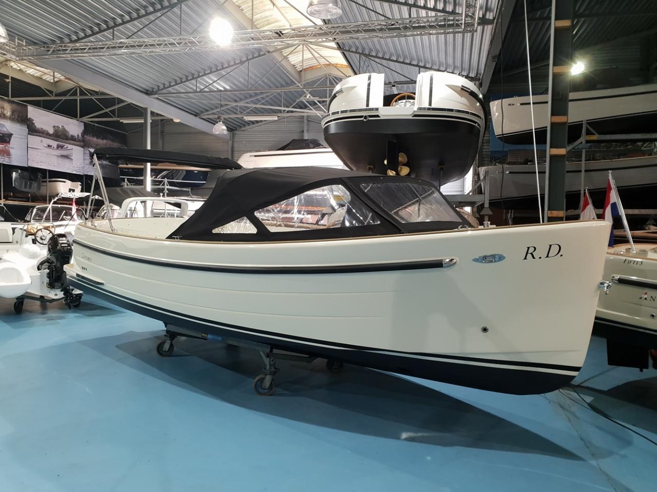 Antaris sixty6 offwhite met Vetus 42 pk  8