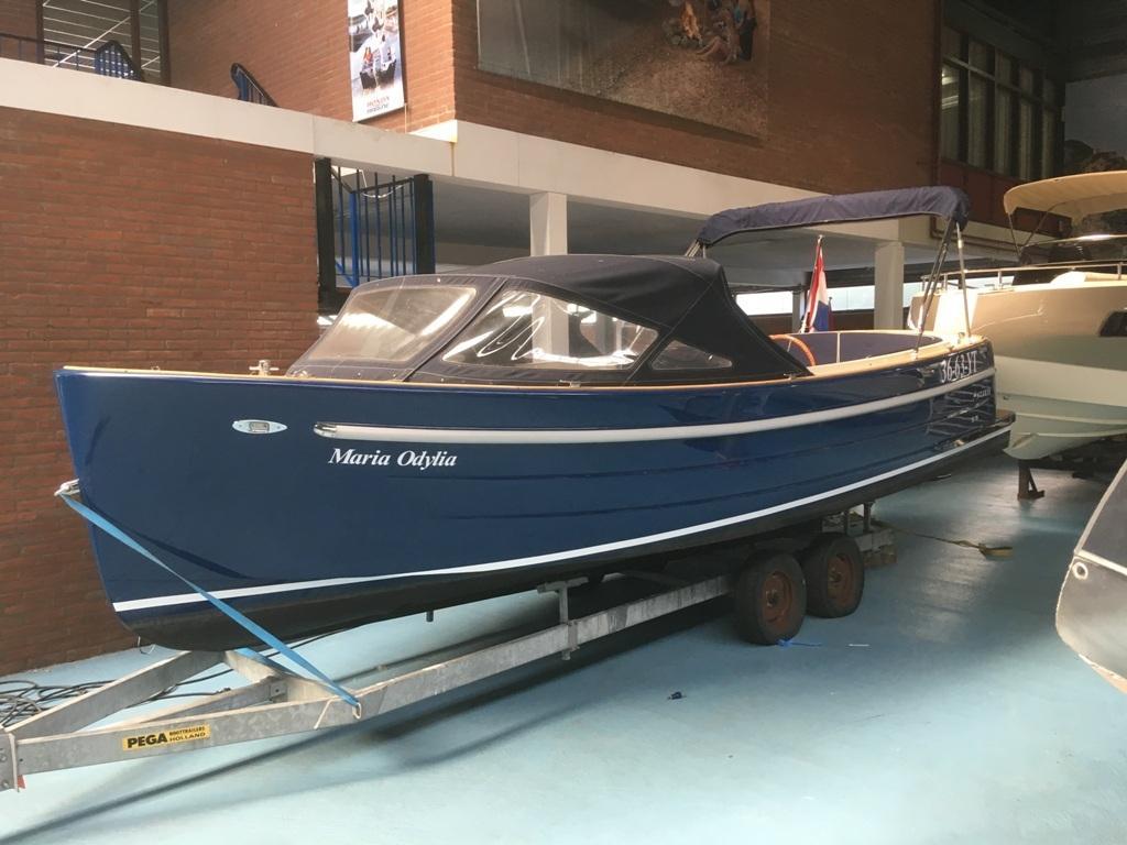 Antaris sixty6 blauw met Vetus 52 pk 3