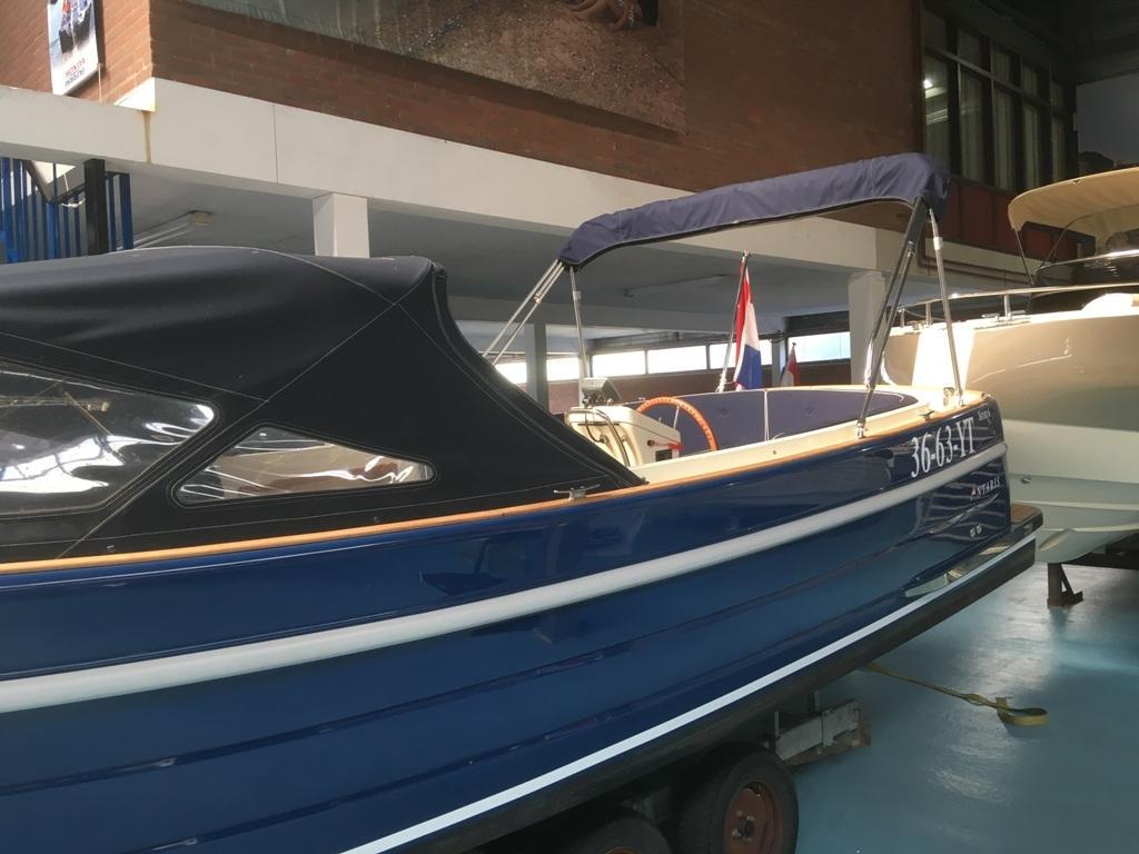 Antaris sixty6 blauw met Vetus 52 pk 9