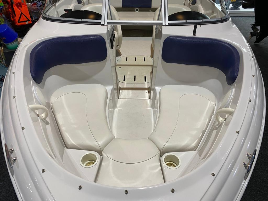 Four Winns 180 LE met Mercruiser 3.0 liter 6
