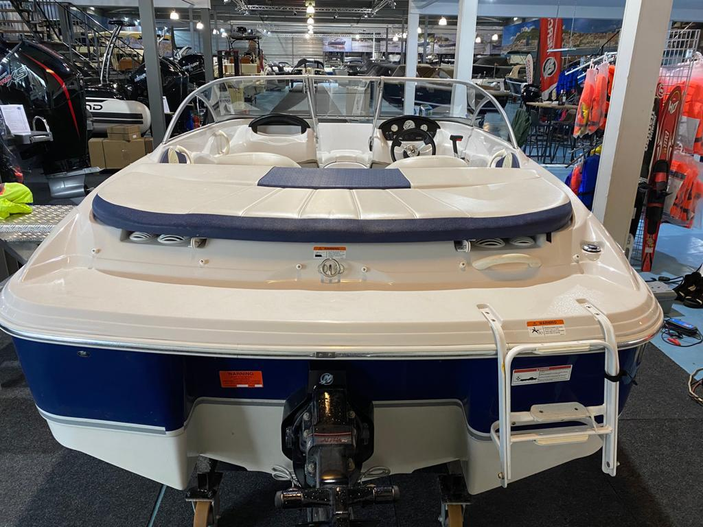Four Winns 180 LE met Mercruiser 3.0 liter 3