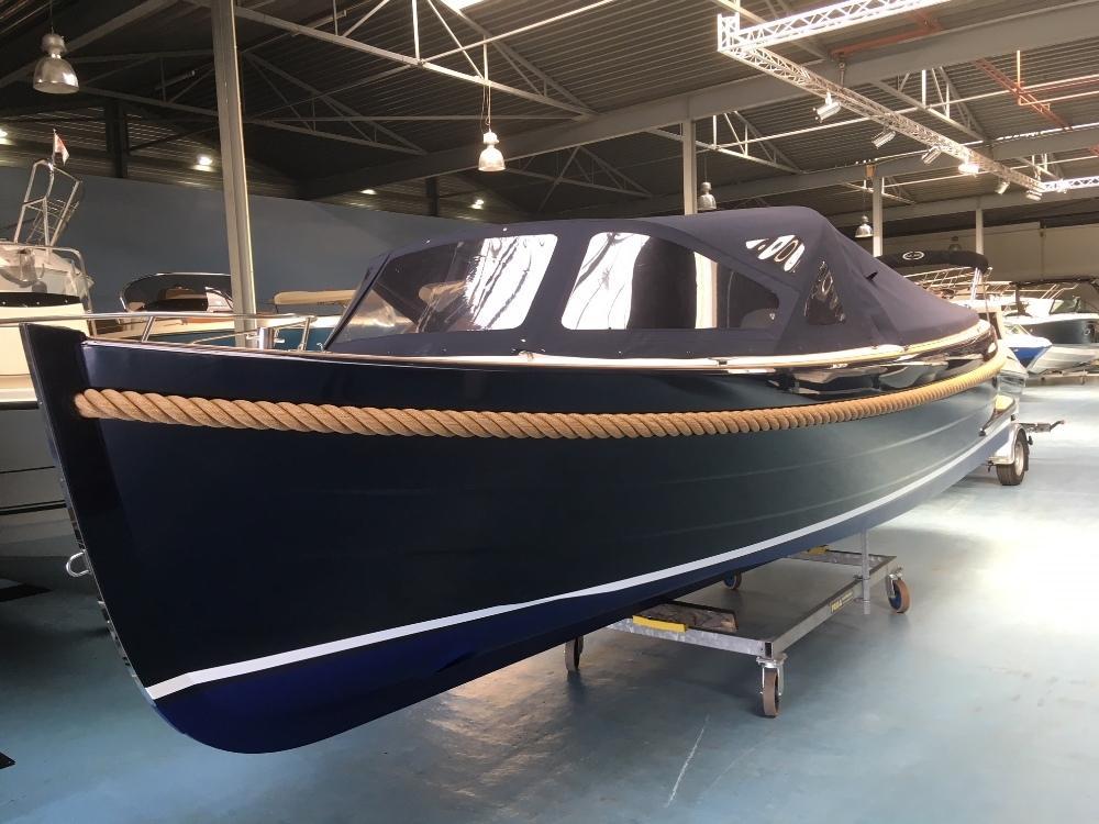 Maril 6NXT blauw met Vetus 42 pk 8