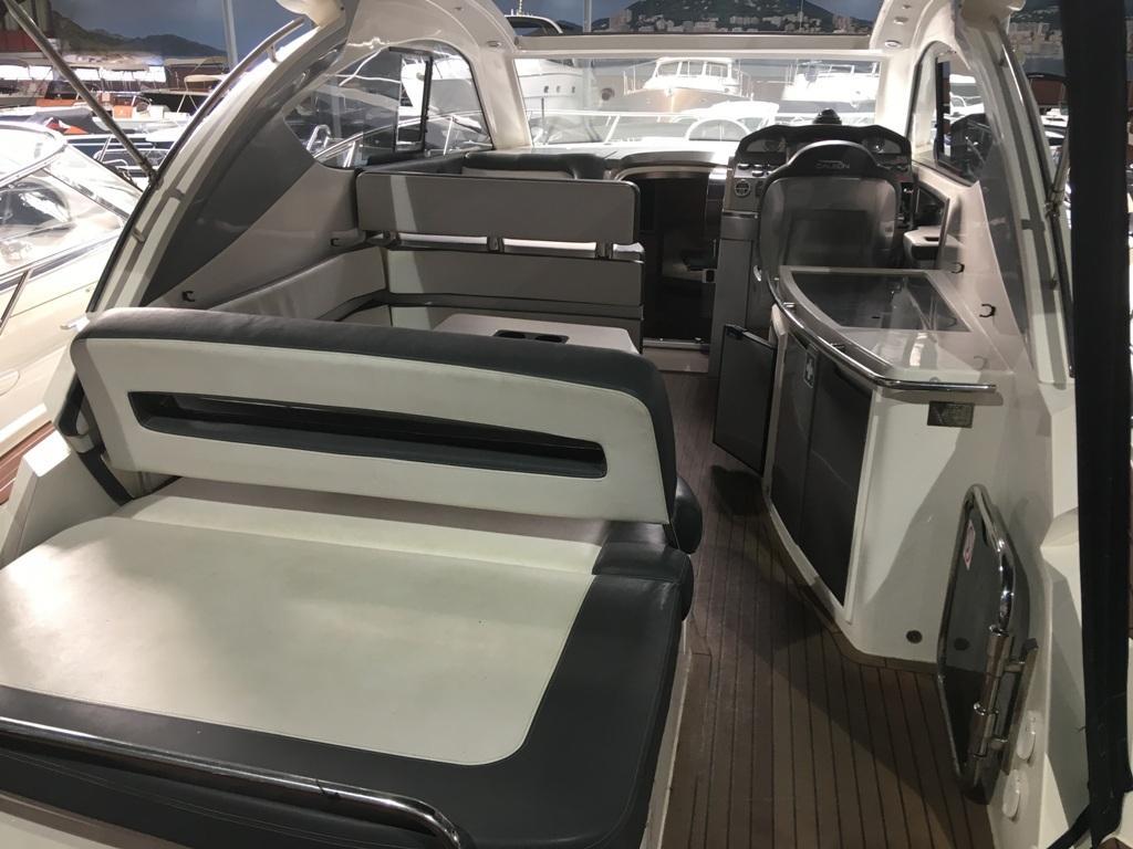 Galeon 325 HTS met 2 x Volvo Penta D3 190 pk 4