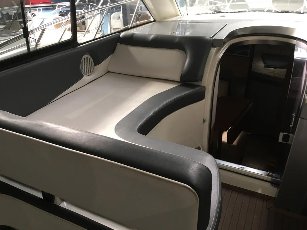 Galeon 325 HTS met 2 x Volvo Penta D3 190 pk 7