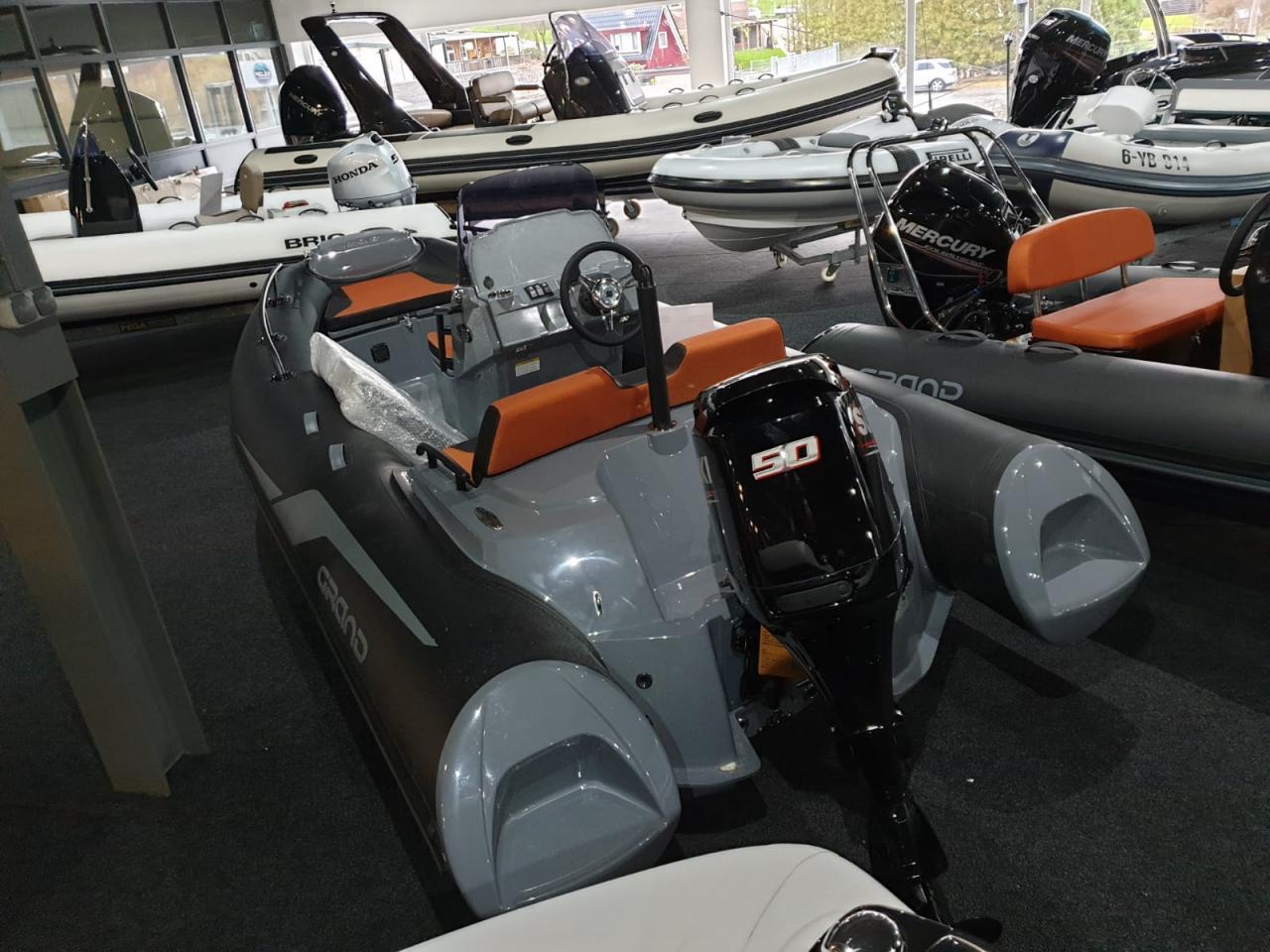 Grand G420LF met Suzuki 60 ATL 2