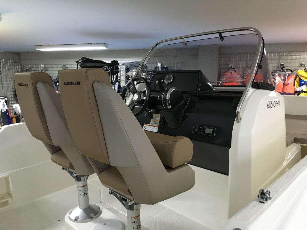 Quicksilver 605 activ open met Mercury F115 pro xs 15