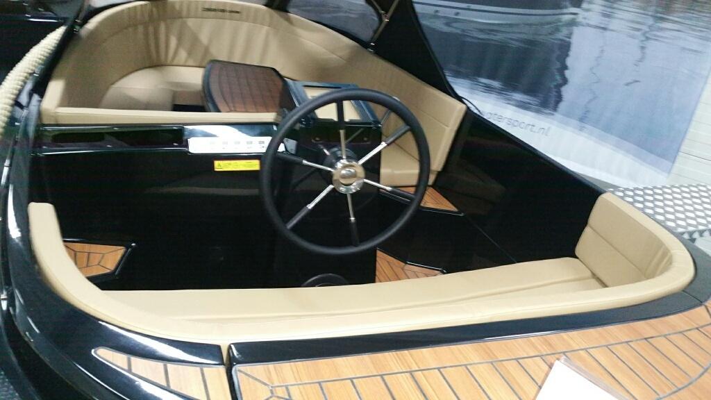 Corsiva 595 tender met Honda 50 pk AANBIEDING! 11