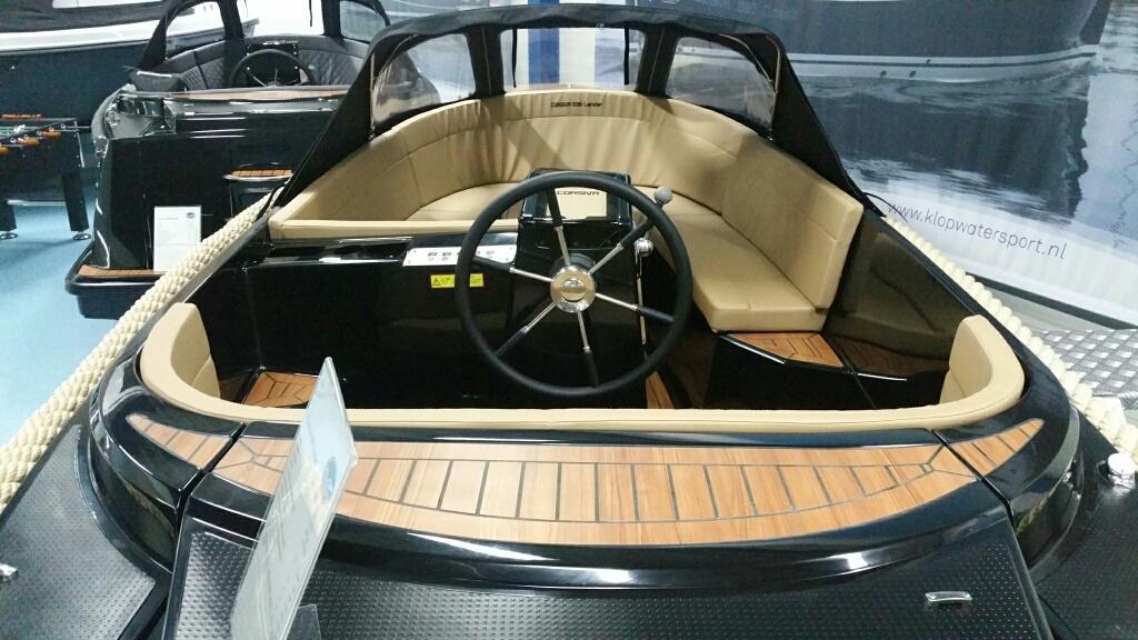 Corsiva 595 tender met Honda 50 pk AANBIEDING! 12
