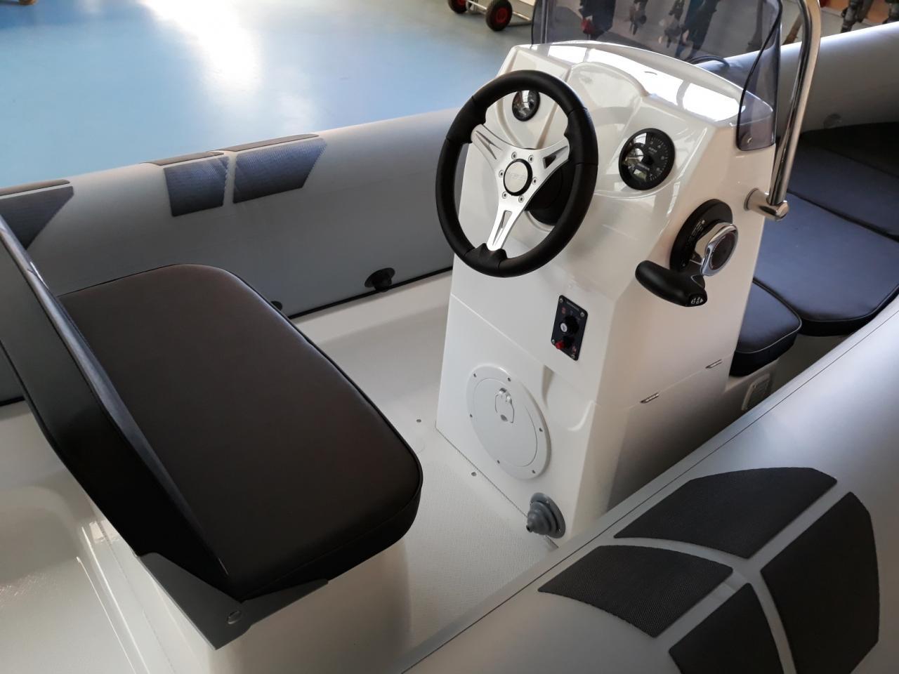 Brig Falcon 500L met Honda 50 pk 4