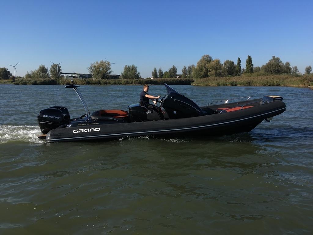 Grand 850 rib met 2x Mercury Verado 225 pk 13