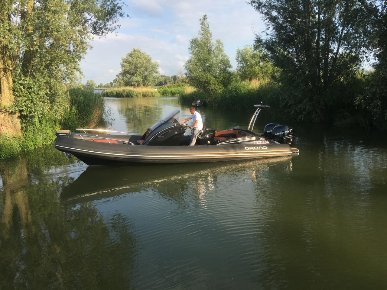 Grand 850 rib met 2x Mercury Verado 225 pk 3