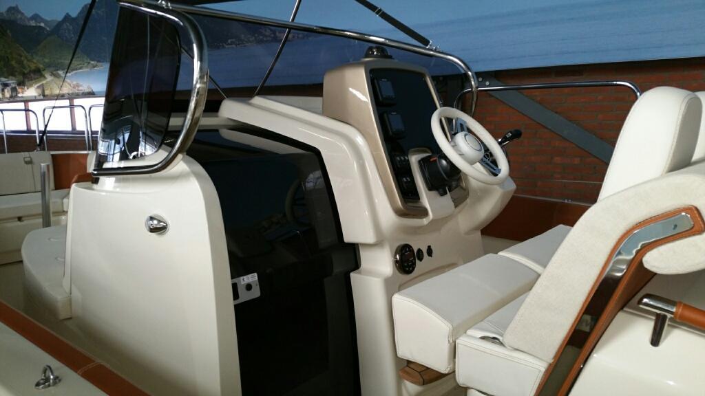 Invictus 270 fx sportboot 22