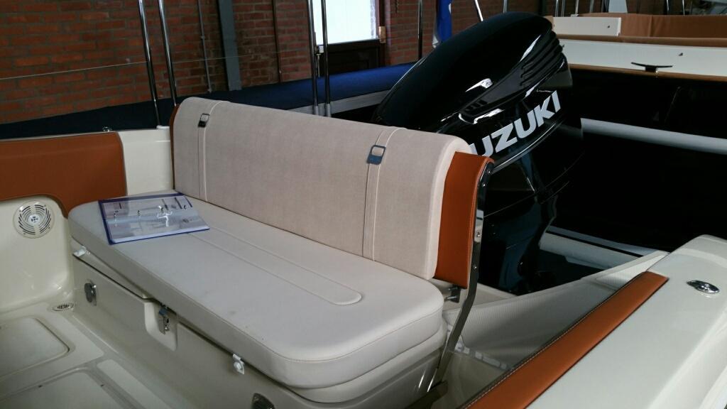 Invictus 270 fx sportboot 10