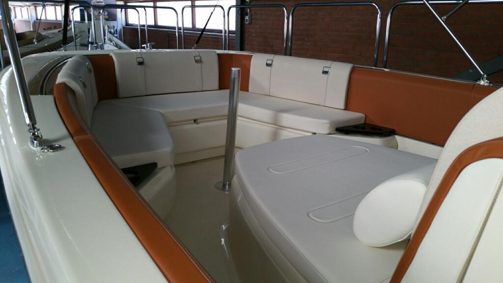 Invictus 270 fx sportboot 32