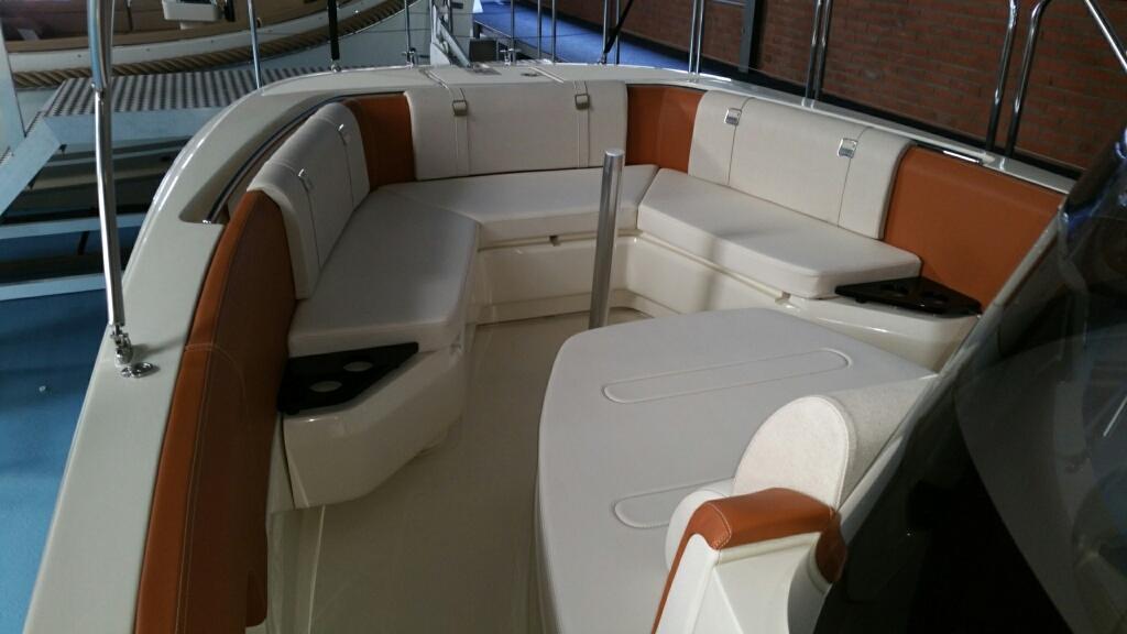 Invictus 270 fx sportboot 35