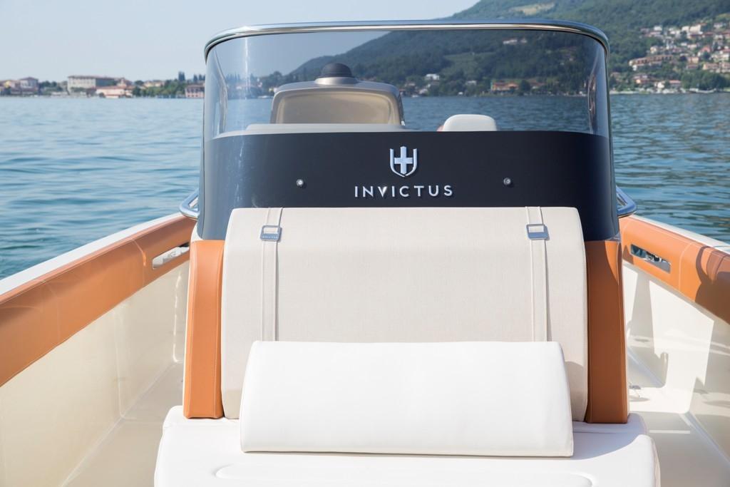 Invictus 270 fx sportboot 13