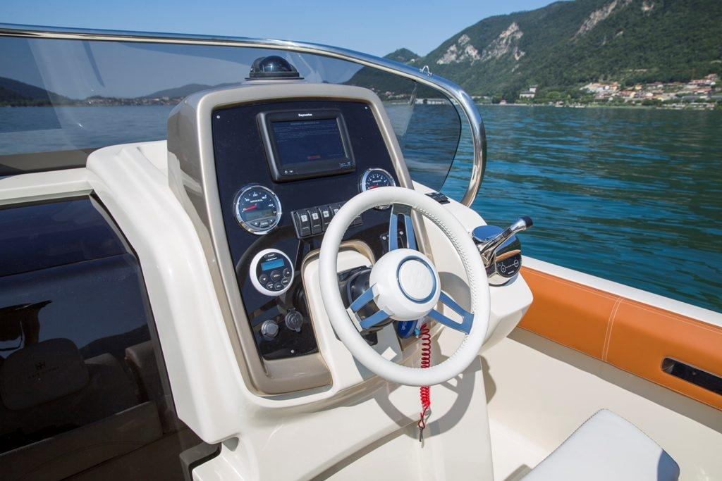 Invictus 270 fx sportboot 14
