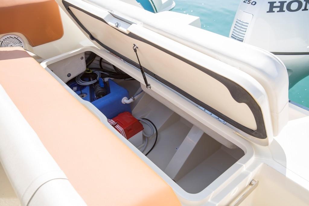 Invictus 270 fx sportboot 20