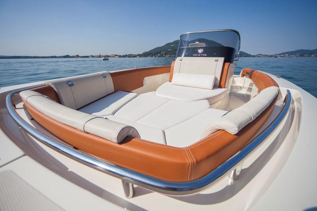 Invictus 270 fx sportboot 28