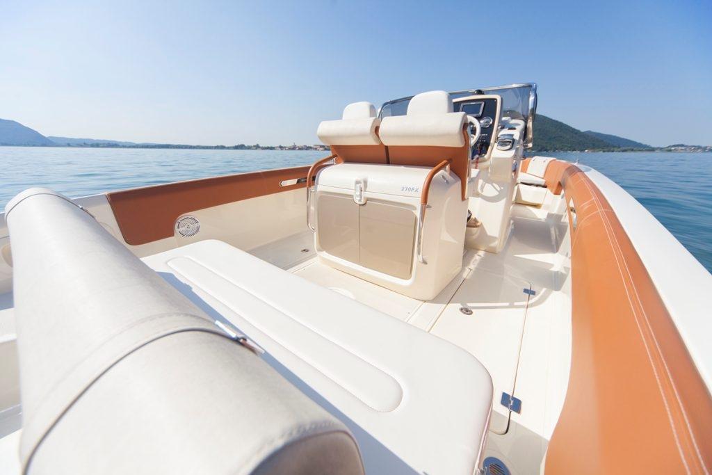 Invictus 270 fx sportboot 29