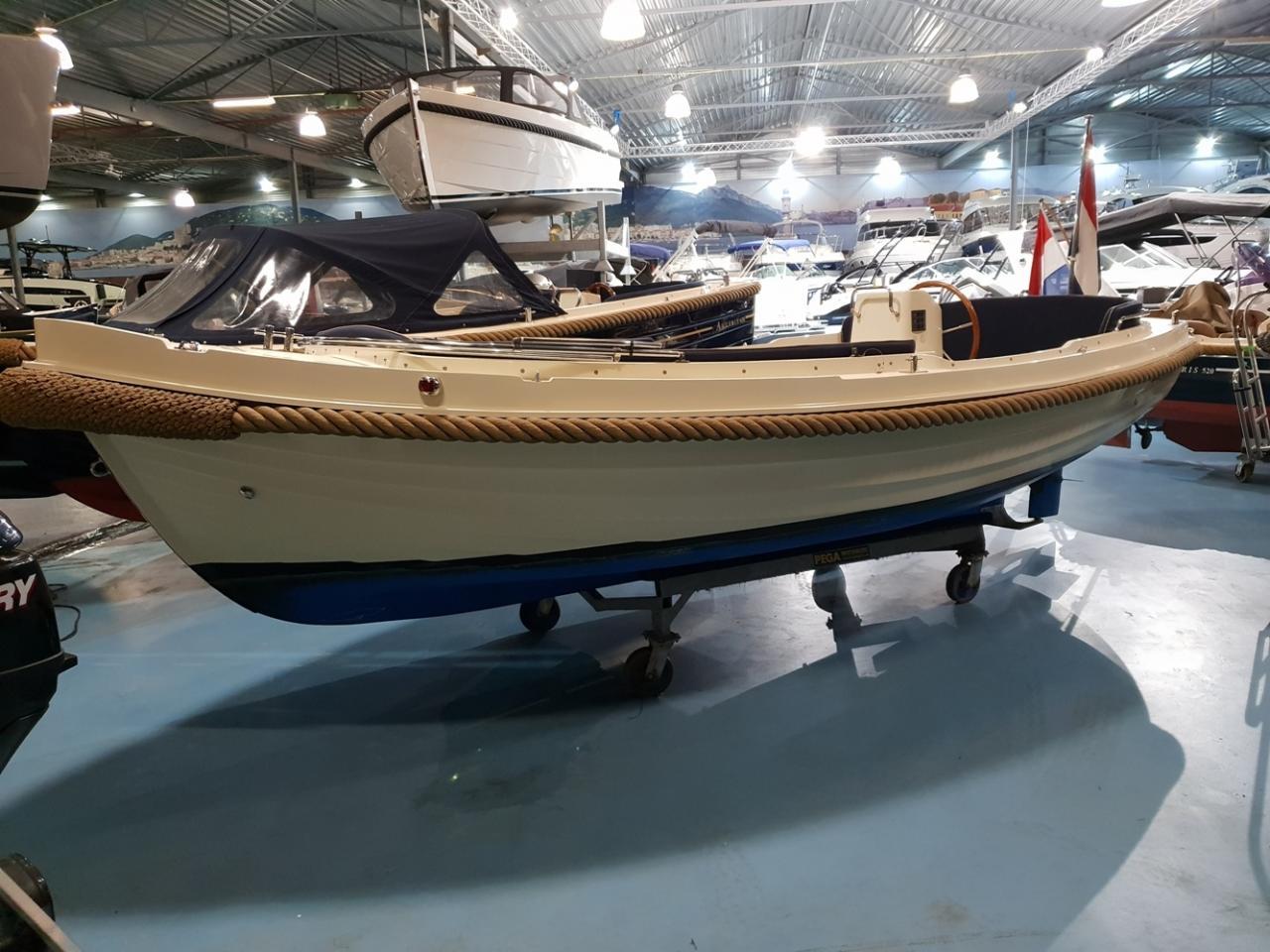 Interboat 19 met Vetus 28 pk 1
