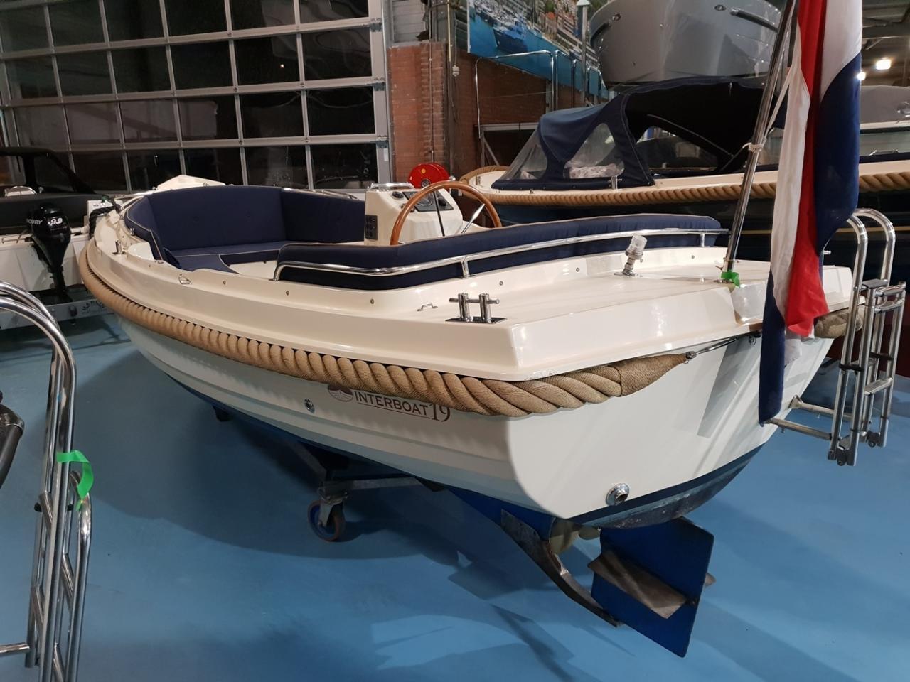 Interboat 19 met Vetus 28 pk 4