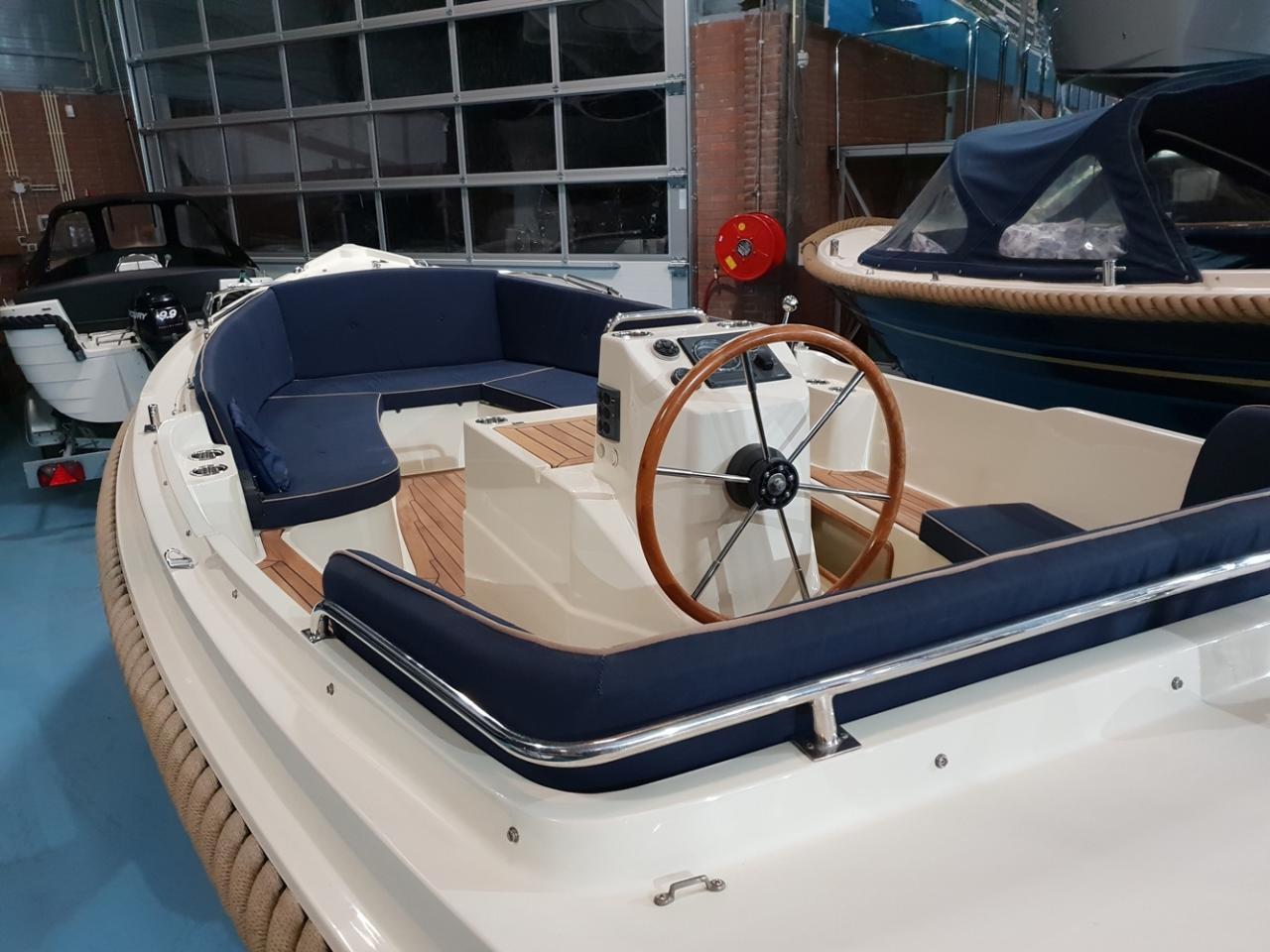 Interboat 19 met Vetus 28 pk 2