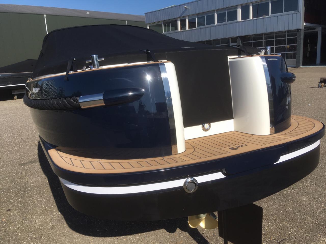 Maril 6NXT donkerblauw met Vetus 52 pk turbo diesel 10