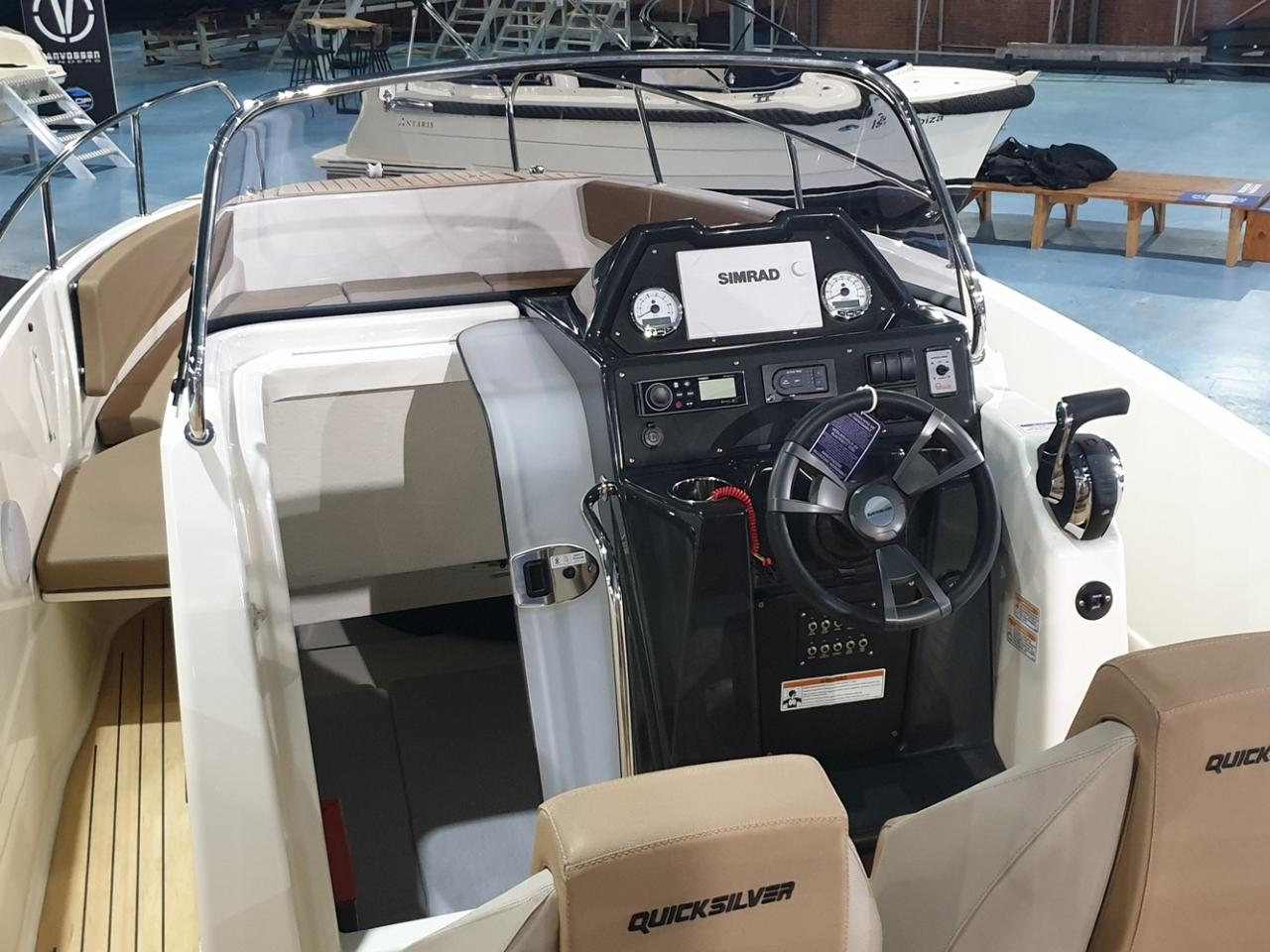 Quicksilver 755 Activ Open met Mercury 300 pk V8 VAARKLAAR! 5