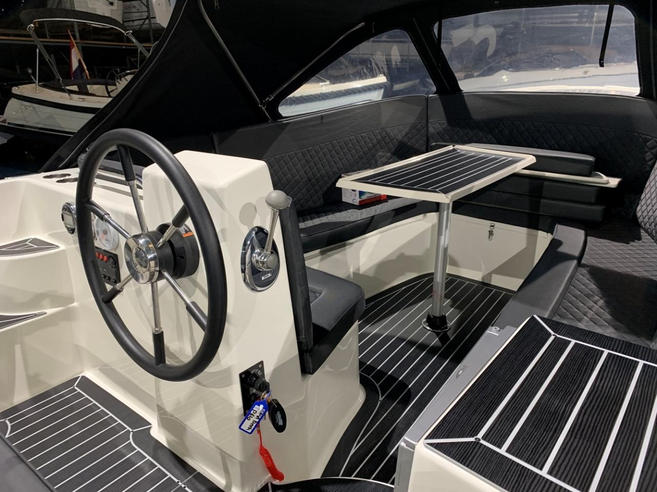 Primeur 610 tender met Suzuki 60 pk full options! 3