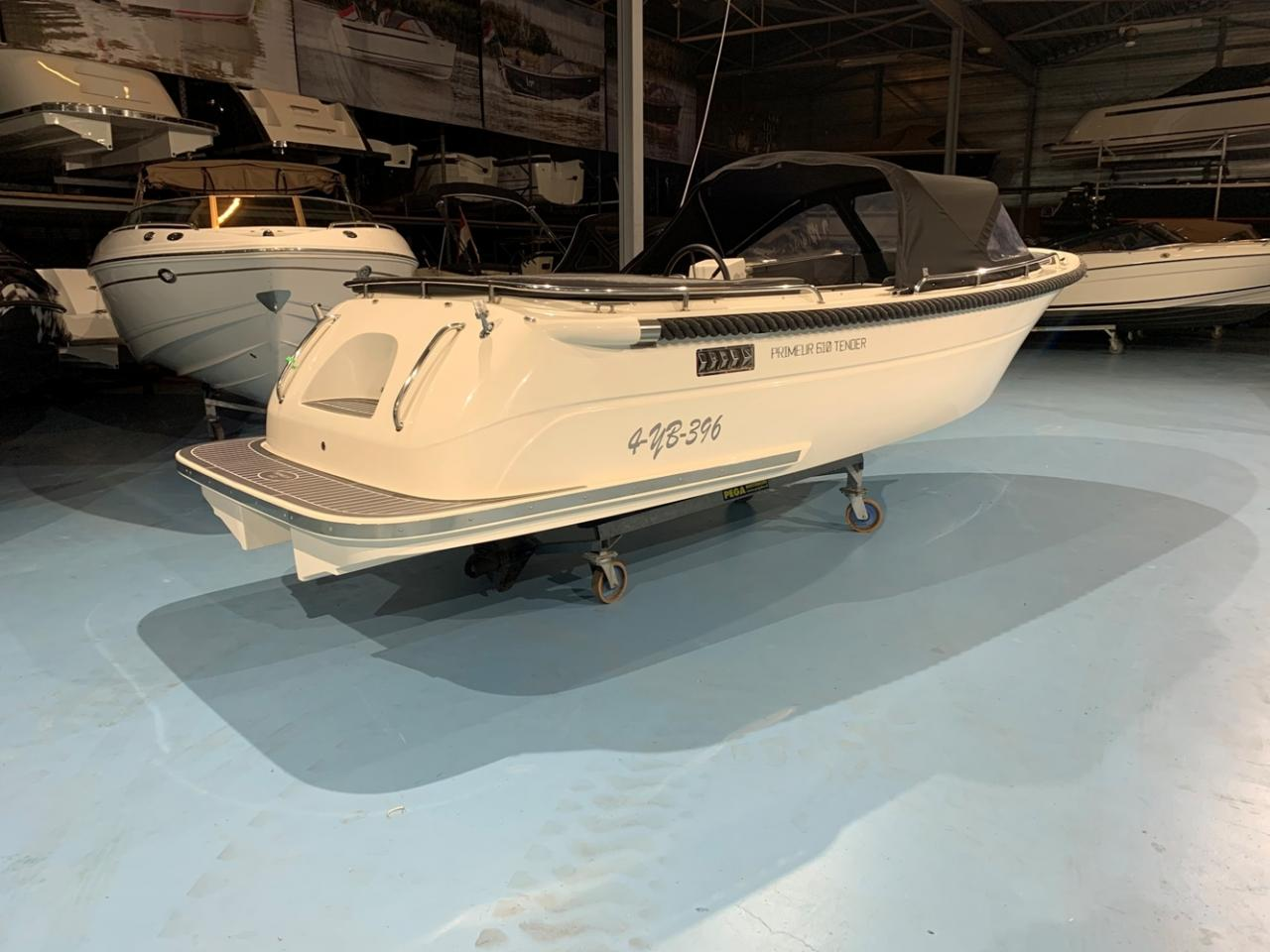 Primeur 610 tender met Suzuki 60 pk full options! 4