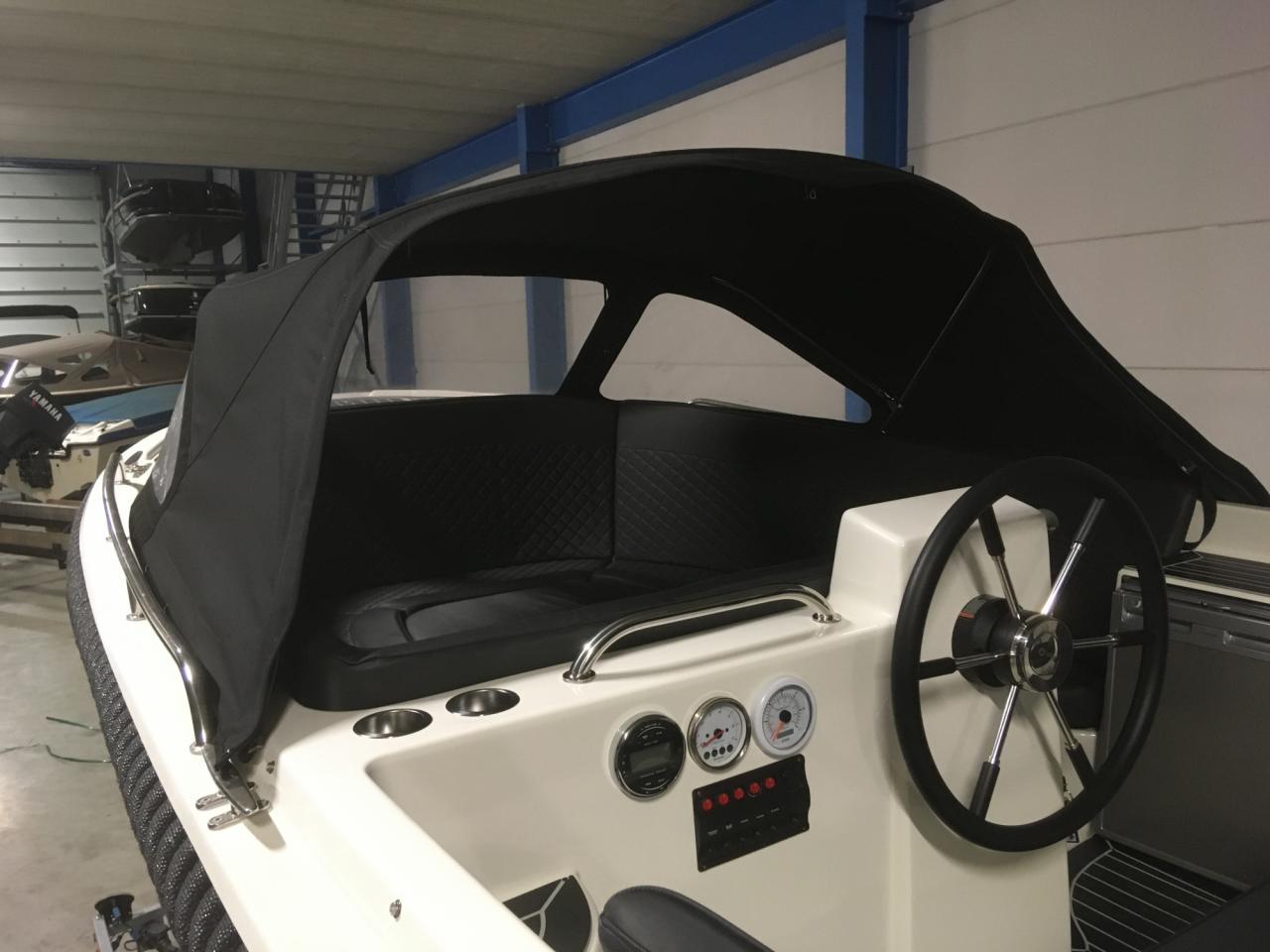 Primeur 610 tender met Suzuki 60 pk full options! 6