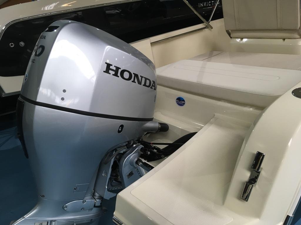 Invictus 200 fx zwart met Honda 150 pk 5