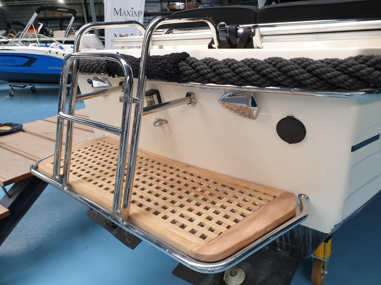 Antaris 630 sloep met Yanmar 110 pk full options! 8
