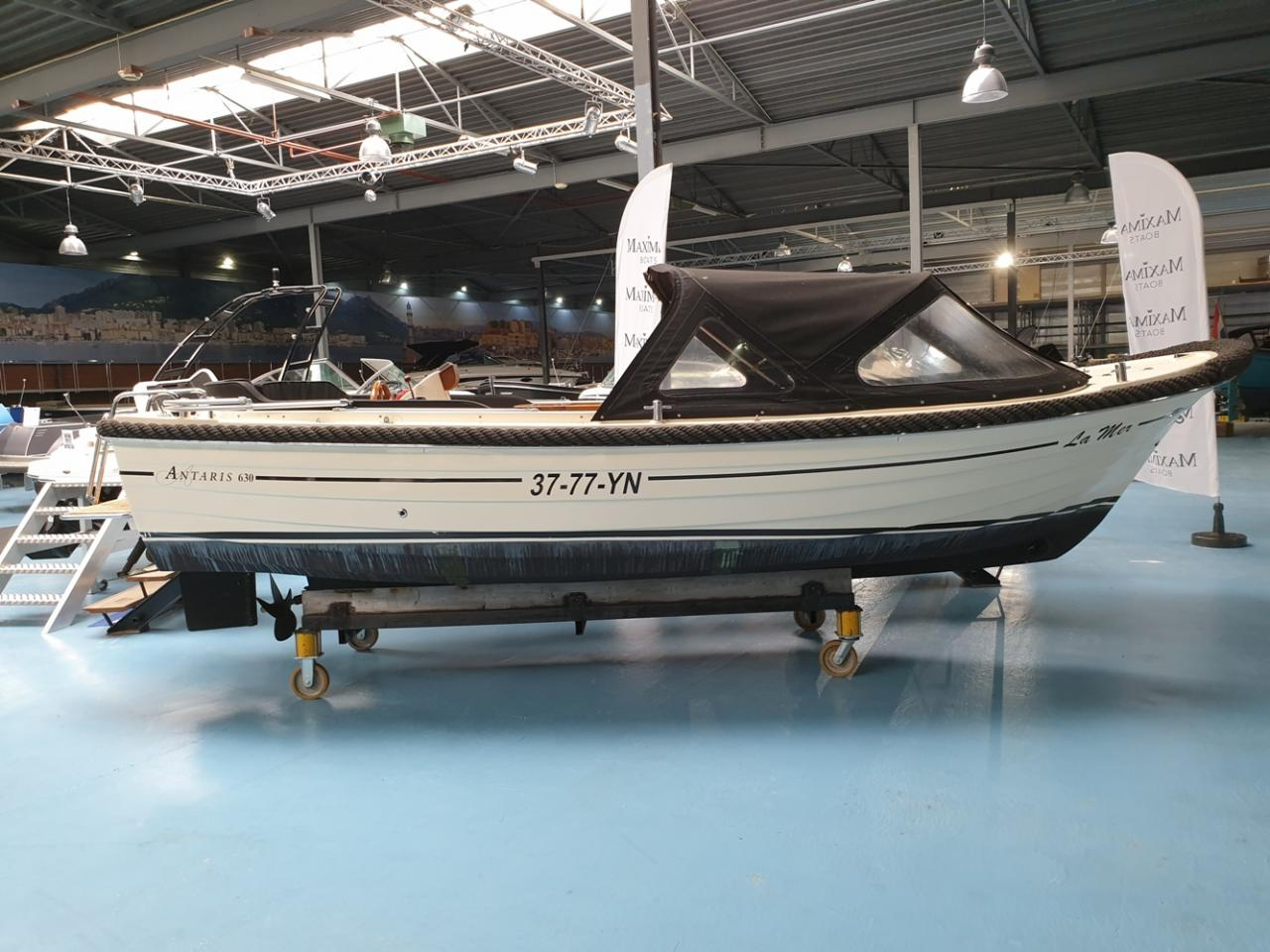 Antaris 630 sloep met Yanmar 110 pk full options! 2